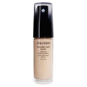Тональное средство-флюид SHISEIDO Synchro Skin Glow